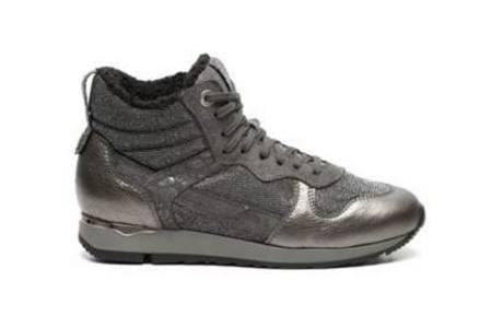 piure grijze sneakers