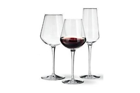 wijnglazen in alto uno