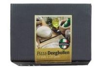 panid or pizza deegbollen