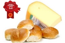 noord waarland jong belegen kaas gratis zak witte bollen of tarwebollen