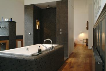 Aannemersbedrijf koopman bouw interieur b v in wognum aannemer - Idee ouderlijke slaapkamer met badkamer ...