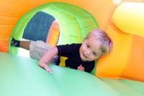 abrahampop sarahpop springkussen attractieverhuur feestartikelen feestverhuur feest partij kinderfeest