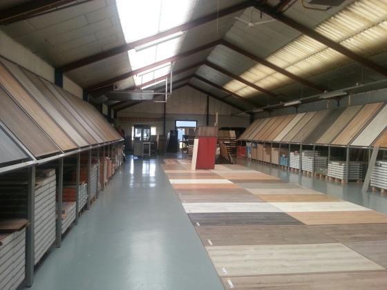 Tapijt Den Bosch : Van den bosch transporten in vergaderruimte havic