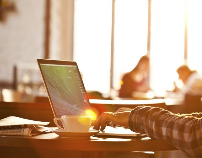 Hoe word je een digitale nomade?