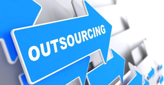 Bespaar kosten door middel van outsourcing