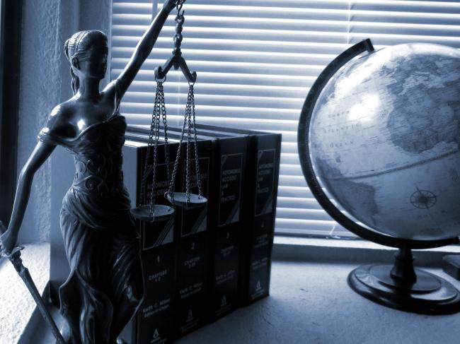 Kantoren advocaten over het algemeen uitstekend bereikbaar