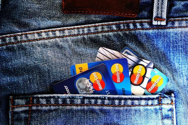 Bijna 59% Gelderse banken telefonisch slecht bereikbaar