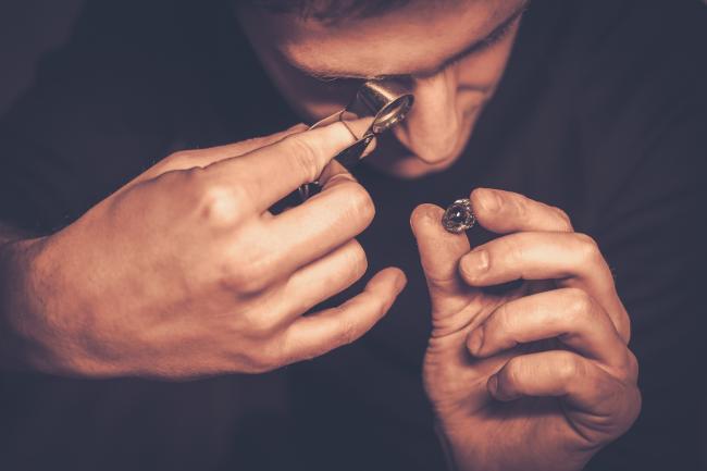 Kleine juwelierszaken zijn telefonisch goed bereikbaar