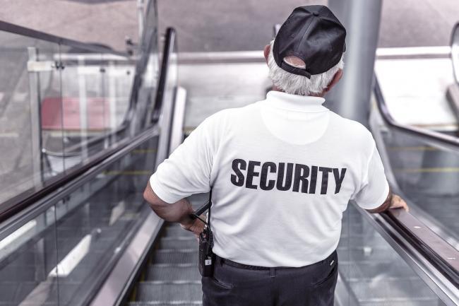 Beveiligingsbedrijven telefonisch goed bereikbaar