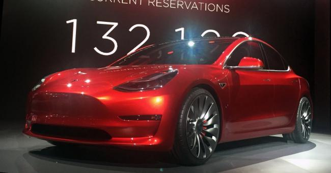 Minstens 400 werknemers ontslagen bij Tesla
