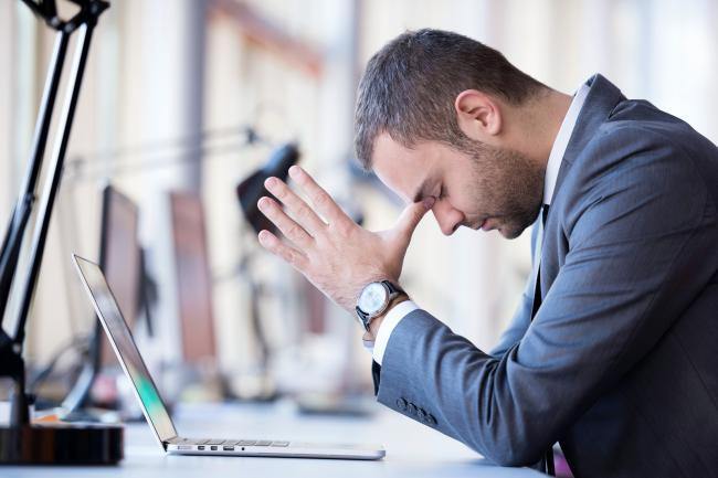 Een op de zes werknemers heeft last van ongewenst gedrag door collega's