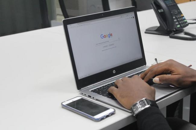 Google en Facebook krijgen concurrentie op online advertentie markt