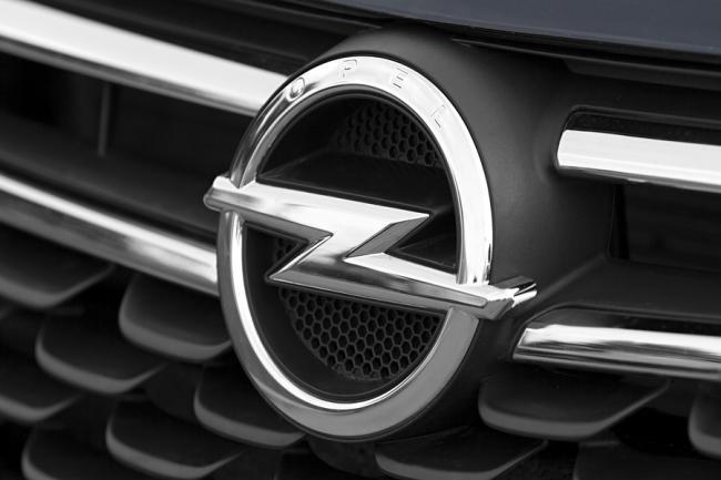 Management Opel ontkent miljardenverlies: berichtgeving in de media