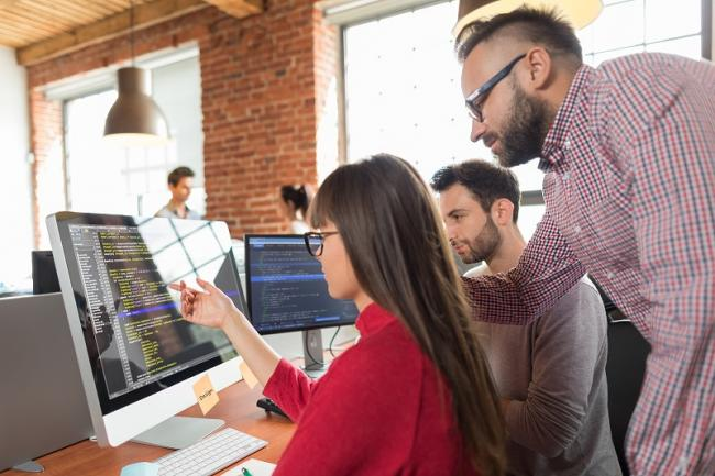 Aantal flexwerkers groeit  harder dan werknemers met vast contract