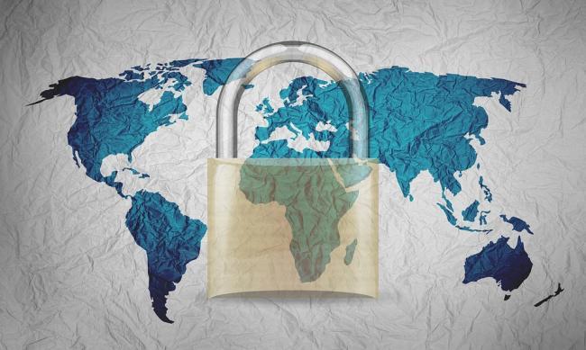 Op meer dan de helft van de websites van boekhandels staan de gegevens veilig