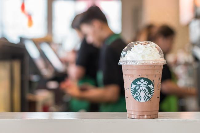 McDonalds en Starbucks bundelen krachten