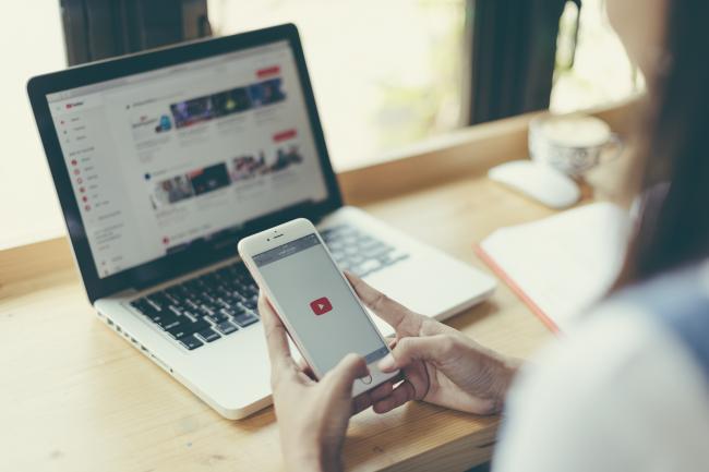 Ontdek nieuwe video's en kanalen met YouTube Explore