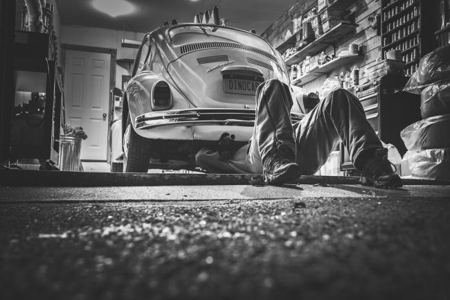 Onderzoek: autobedrijven vaak en goed beoordeeld in Rotterdam en Eindhoven
