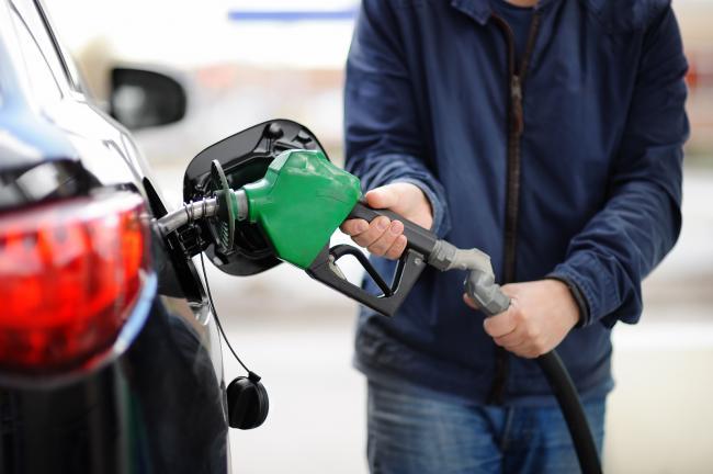 Benzine wordt populairder omdat de zakelijke rijder diesel er voor inruilt.