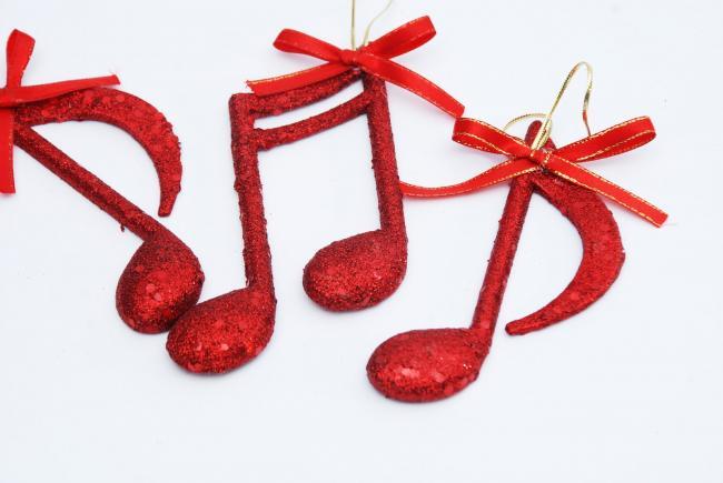 Kerstmuziek bevordert winkelaankopen, maar waarom?