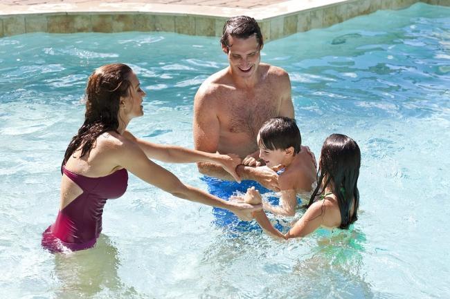 Nederlandse zwembaden onder de loep: hoe goed is de telefonische bereikbaarheid?