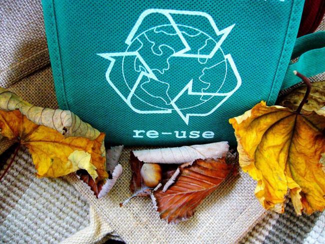 Zalando wil duurzamer worden door hergebruik dozen en nieuwe verpakkingen.