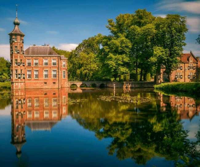 De meest voorkomende achternamen in Breda zijn Jansen, Gils en Dongen.