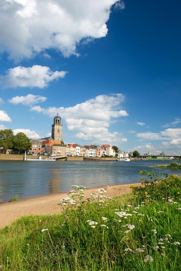 Achternamen Deventer net zo veelzijdig als de stad zelf?