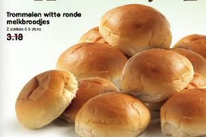 trommelen witte ronde melkbroodjes