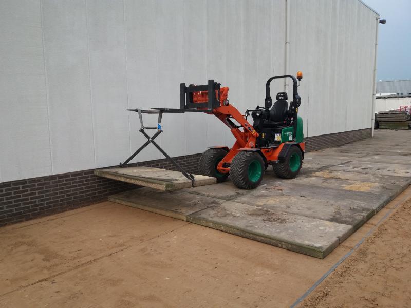 leggen van beton platen
