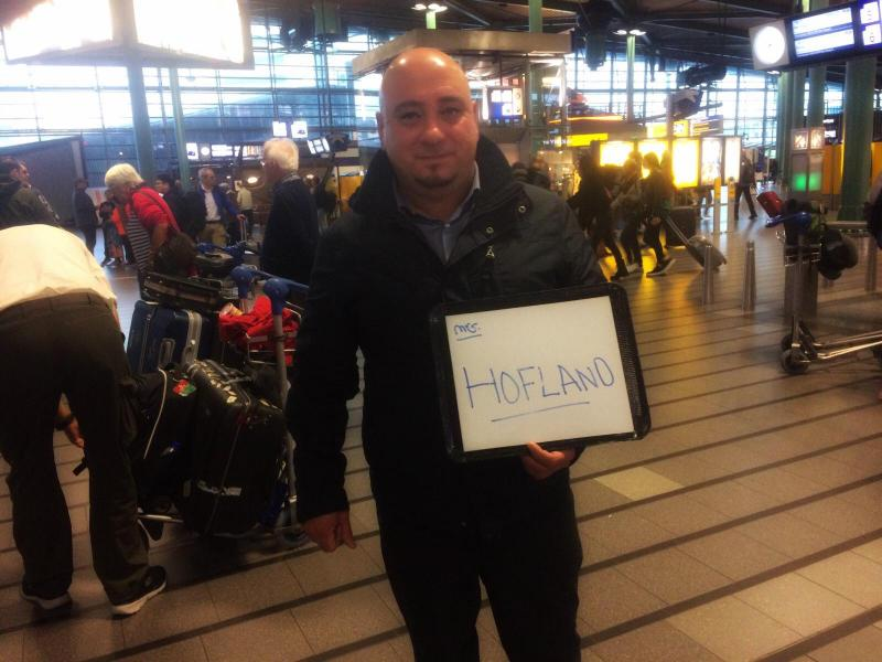 Meet and greet   Airport pickup