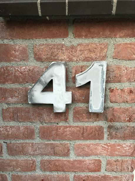 Inmiddels verhuist van Duizendblad 86 naar nr. 41!