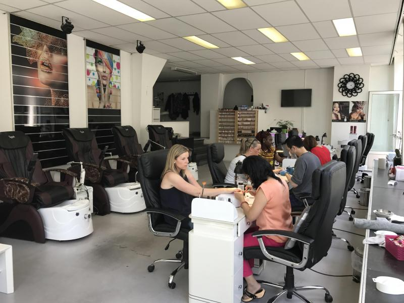 excellentnailsstudio.com