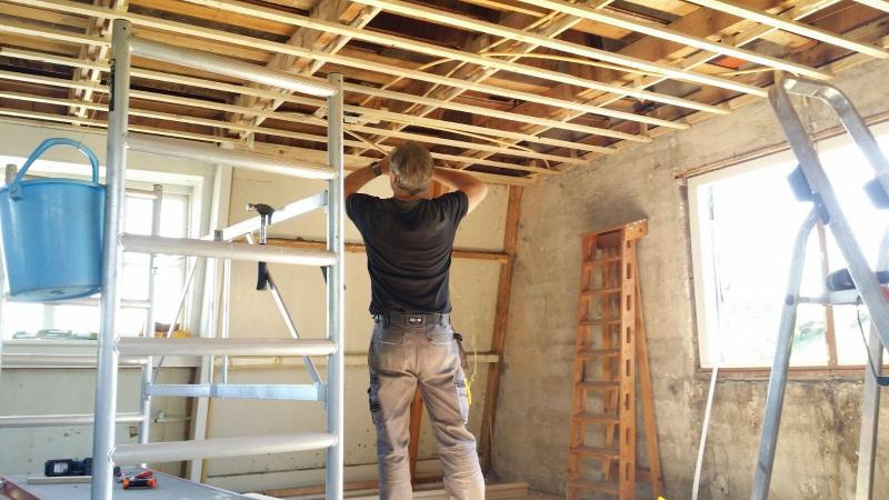 plafonds plaatsen incl elektra