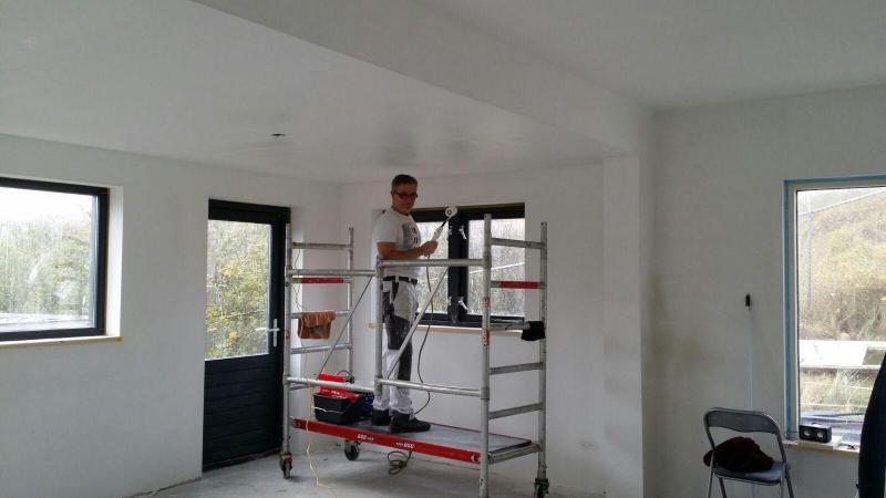 Plafond en wanden witten