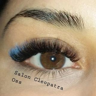 Mixed volume lashes colour