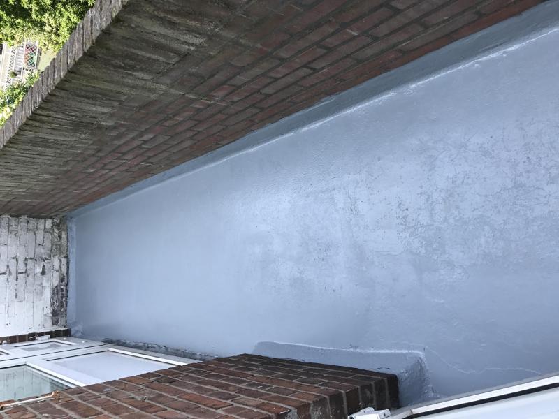 Wij hebbben op verzoek van de klant deze balkonvloer gecoat