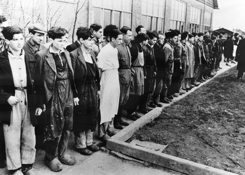 De 60 die werden uitgekozen om nog een aantal dagen te blijven