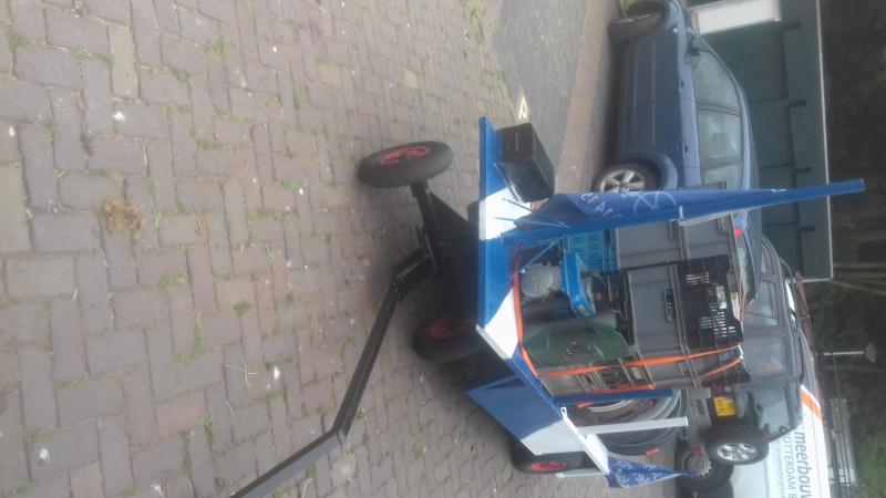 de aan hanger  staat in de kleuren van fiets net nederland