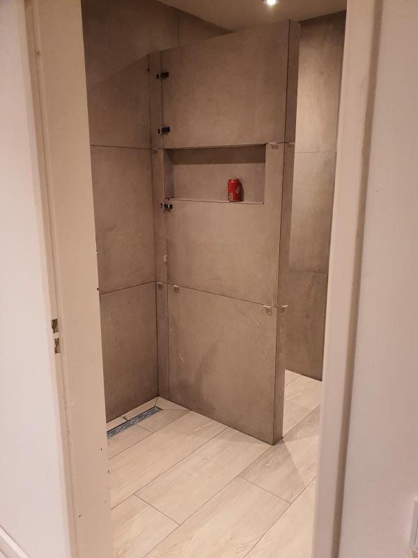 Badkamer betegelen Eindhoven