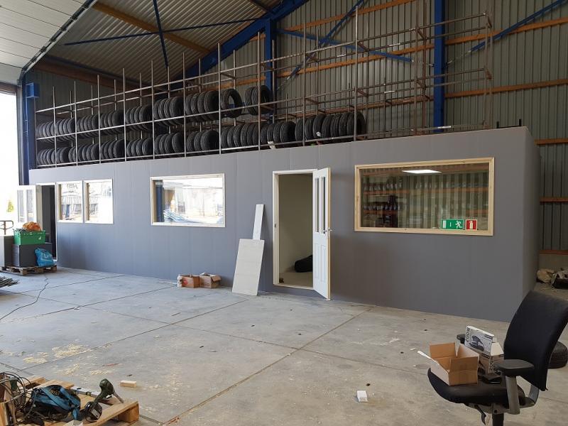 Kantoor in opbouw