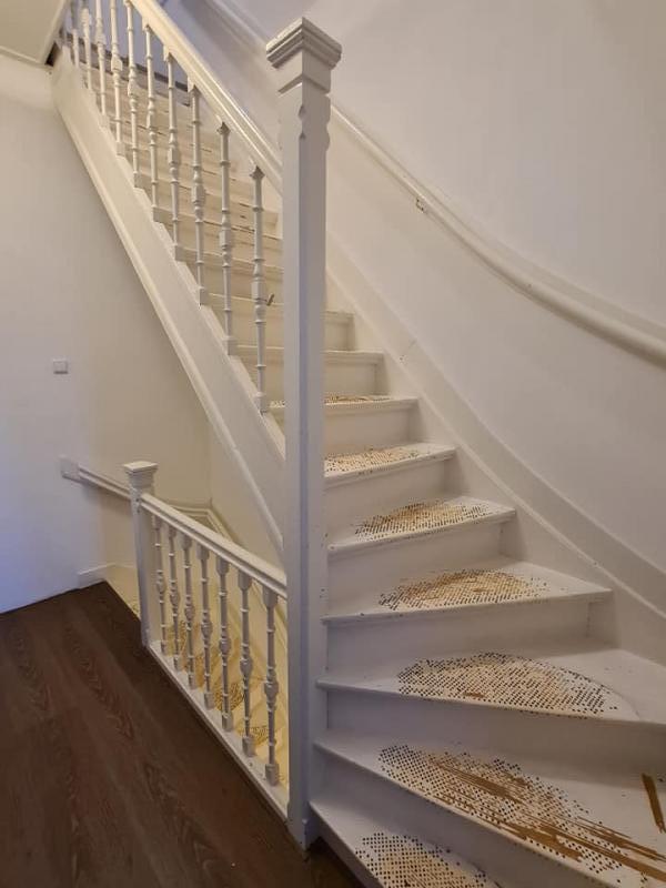 trap voor aanvang schilderwerkzaamheden.