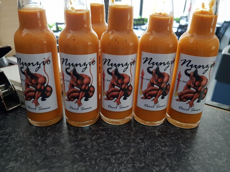 Nunzio's Very Hot sauce